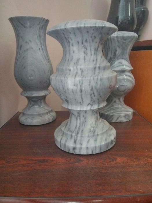 мраморные вазы для цветов