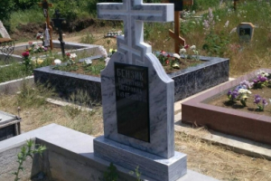 памятник из мрамора