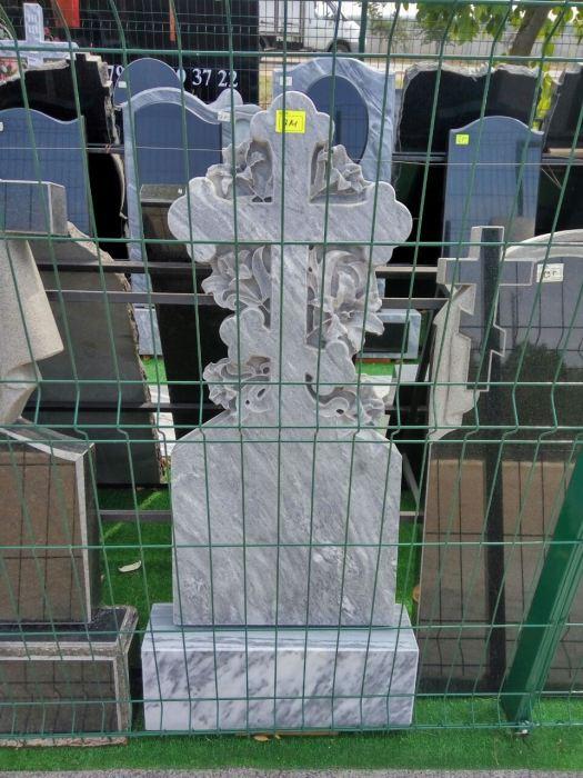 заготовка для памятника из мрамора